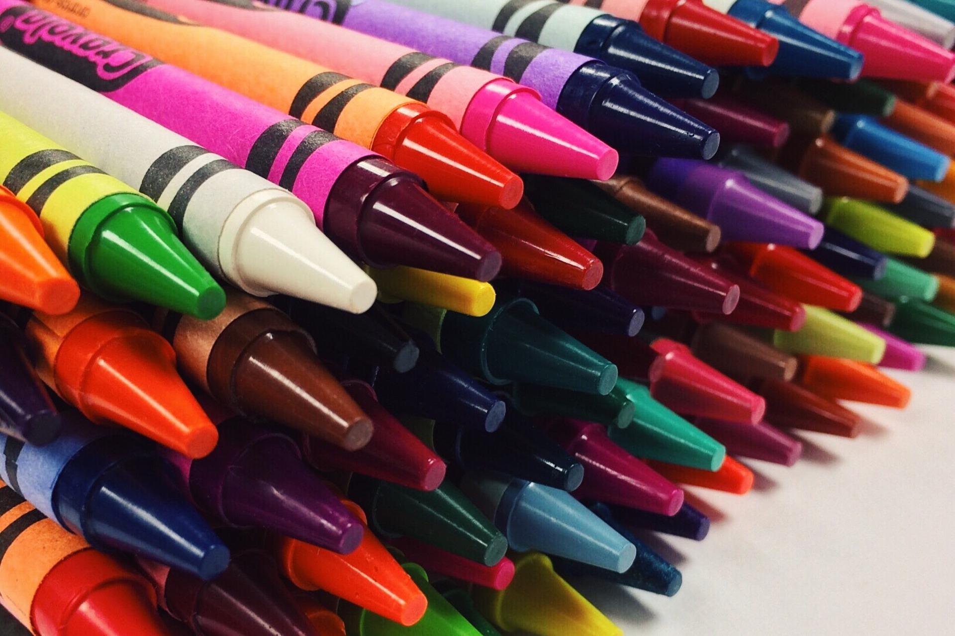 crayons-2667761_1920