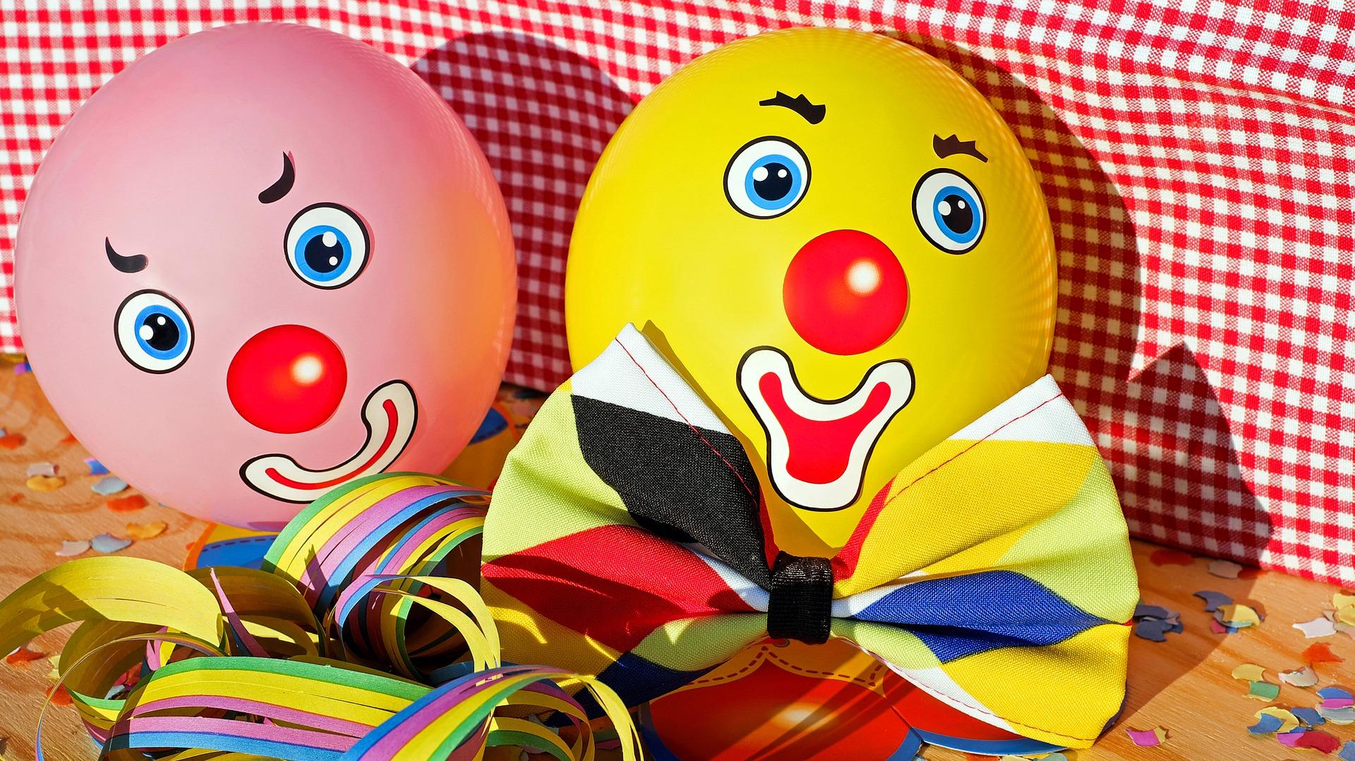 clowns-3084274_1920